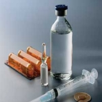 Diabetes-insulin-bottle-and-syringe